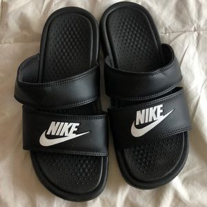 Nike Benassi double strap